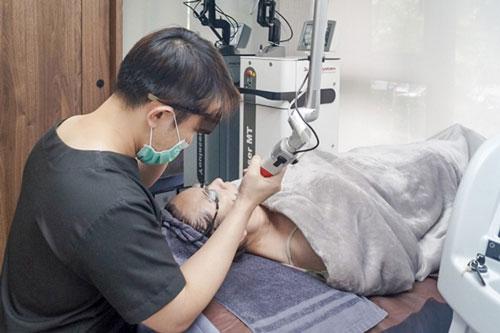 貴婦醫美💎初體驗|探索皮秒雷射讓粗大毛孔變小,皮膚變白變亮了!